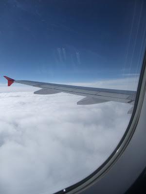 Fliegen, Flugzeug, über den wolken