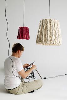 strickende finnische Männer, stricken, männer, finnland, gestrickte lampenschirme