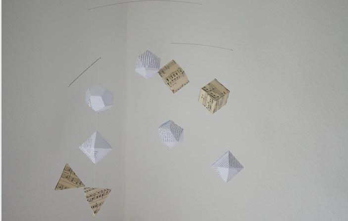Mobile, selbermachen, origami, altpapier, notenpapier