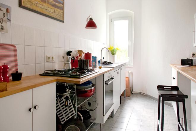 Steckdosen Verlegen Küche | M I Ma Zugelt Von Wasserleitungen Steckdosen Und Anderen