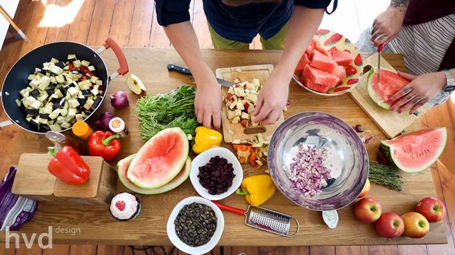 Ein Blick hinter, MG Kitchen TV, Luisa Sole, André Sole Bergers, Musik, Küche, Projekt, Lulugraphie, Hanna von Dahlem, hvd-design, kochen