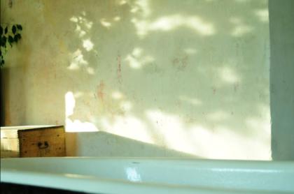 Sonnenflecken an der Wand