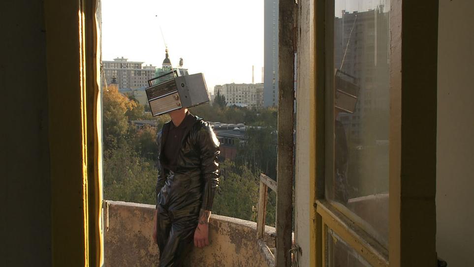 Away from all Suns, russischer Konstruktivismus, Film von Isa Willinger
